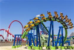 Milovníkům adrenalinu park nabízí několik horských drah. Dragon Rollercoaster je vysoký 20 metrů a dosáhnete zde rychlosti 75 km/h