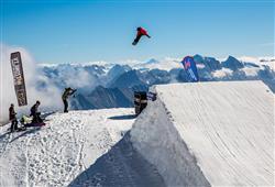 Jednodenní lyžování ledovec Hintertux (Ostravská linka)3