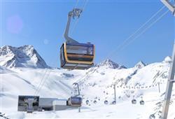 Jednodenní lyžování ledovec Stubai (Brněnská linka)3