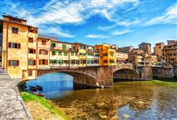 Původně na mostě sídlili rybáři, řezníci a koželuhové. Ty v 16. století vystřídali zlatníci a šperkaři