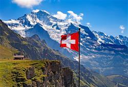 Dva dny našeho putování strávíme ve Švýcarsku, zemi sněhem posypaných vrcholků Alp a zelených plání se stády krav