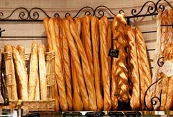 Paříž to je i poznávání místní kuchyně! Víte, že francouzská bageta byla zařazena na seznam UNESCO?