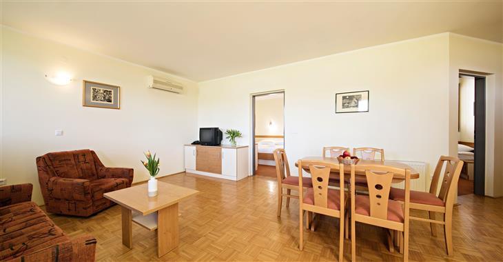 Apartmán 4+1