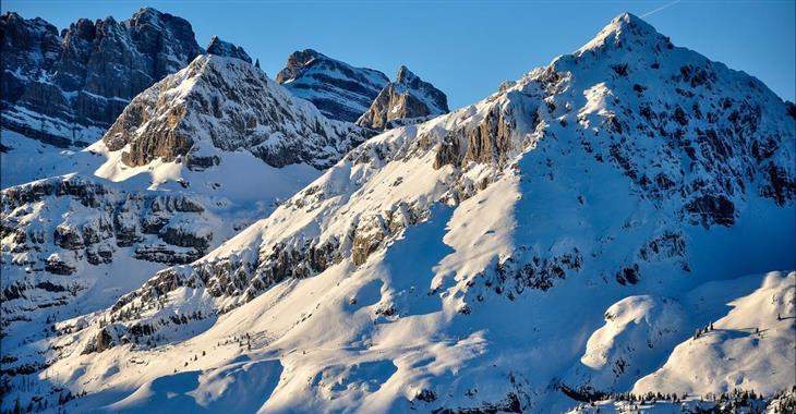 Nezapomenutelné výhledy na brentské Dolomity a jezero Garda