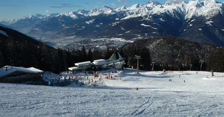 """Aprica nabízí Ski Mountaineering neboli ,,lyžařské horolezectví"""" nebo také Cross-country skiing."""