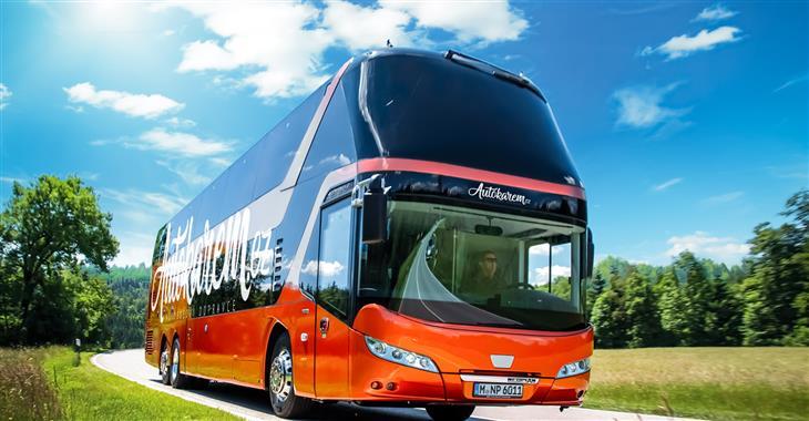 Do Budapešti můžete jet některým z moderních autobusů společnosti Autokarem.cz