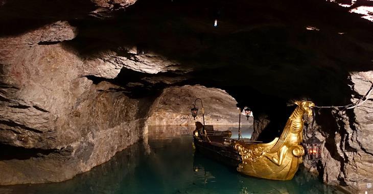Zatopený sádrovcový důl Seegrotte