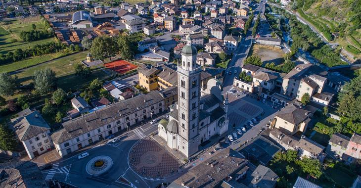 Na závěr výletu navštívíme i monumentální kostel Madonna di Tirano